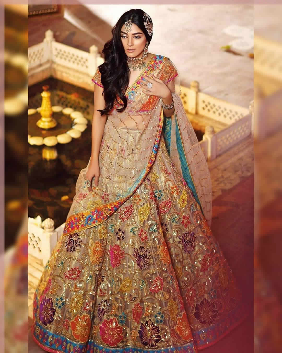 Elegant Mehndi Dress