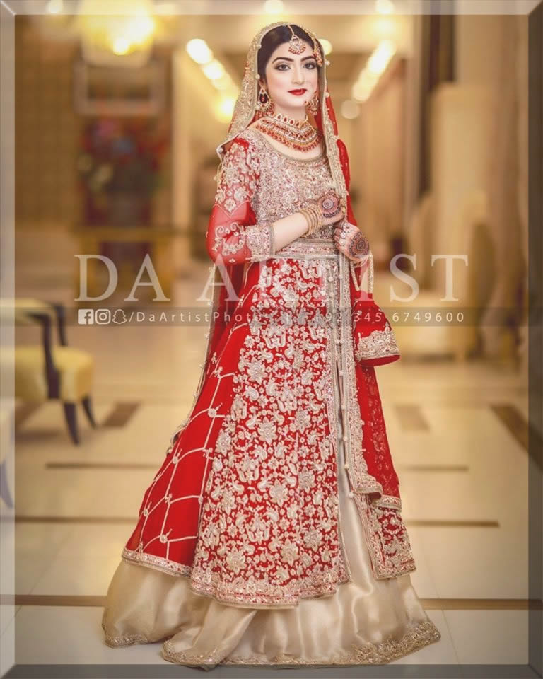 pakistani bridal dresses in red and golden