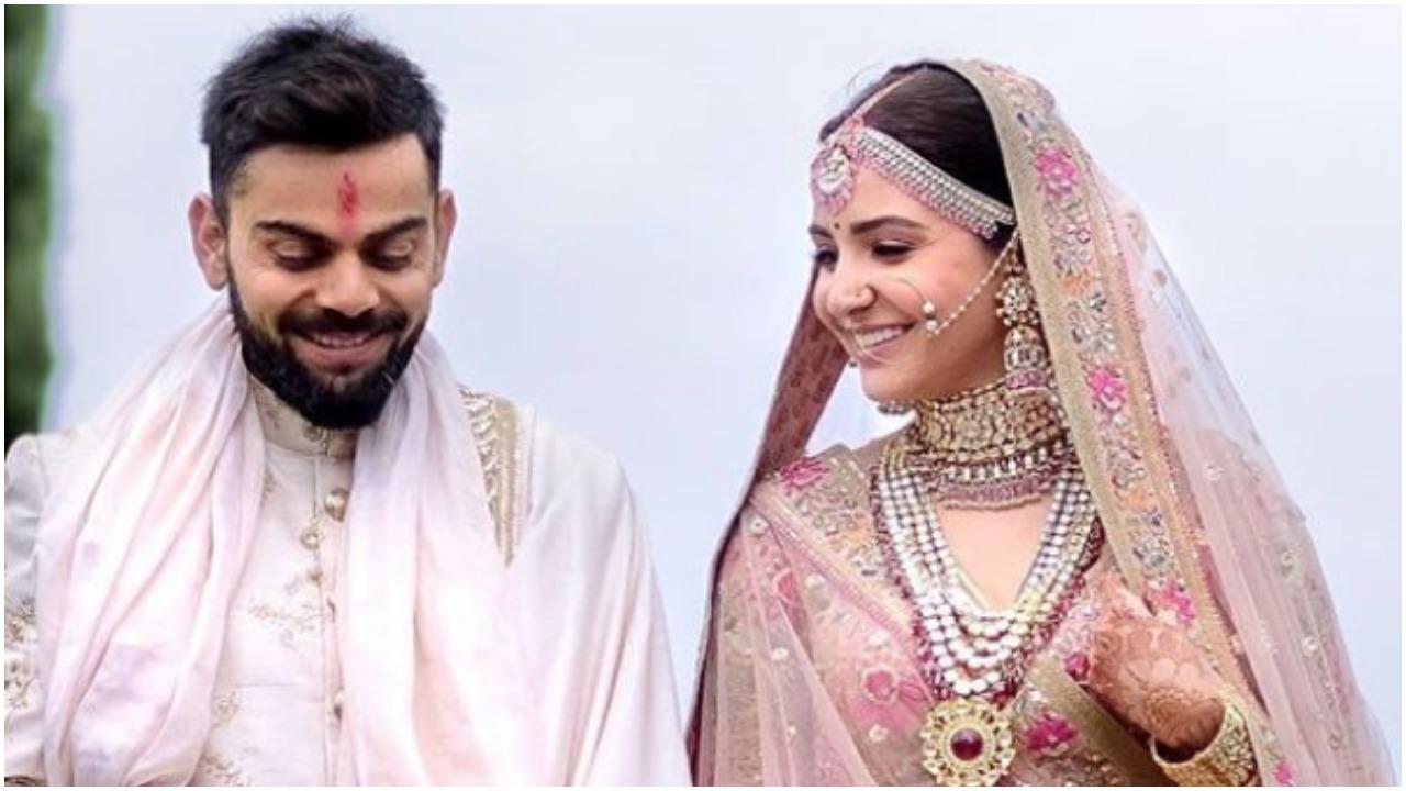 anushka indian wedding dress