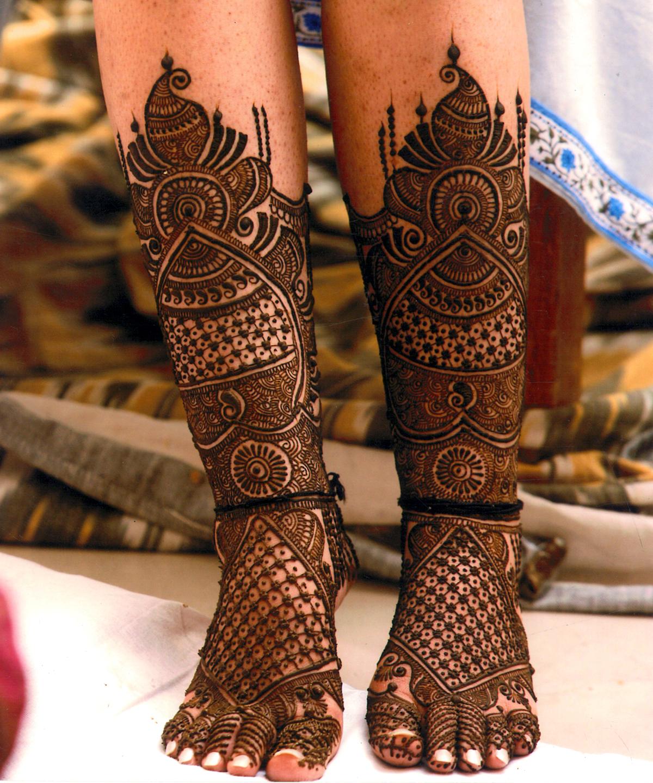 feet mehndi design for bride