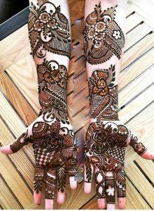 elegent mehndi design for bride