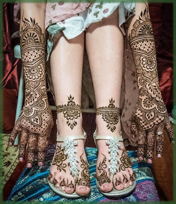 outclass and most stylish mehndi for bride