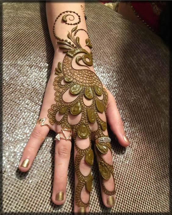 best peacock style mehndi for girls