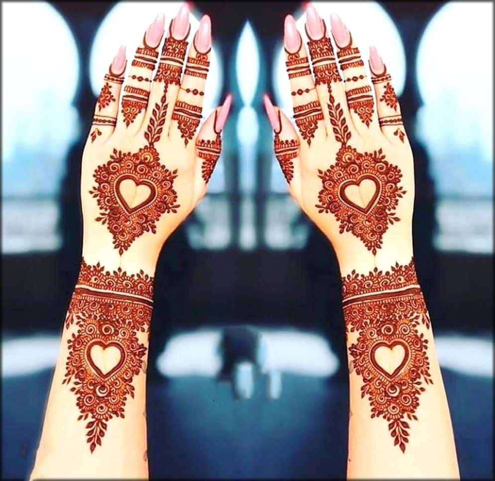Arabic Mehndi Designs In Heart Shape