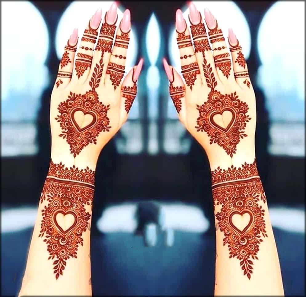 Arabic Mehndi Designs In Heart Shape