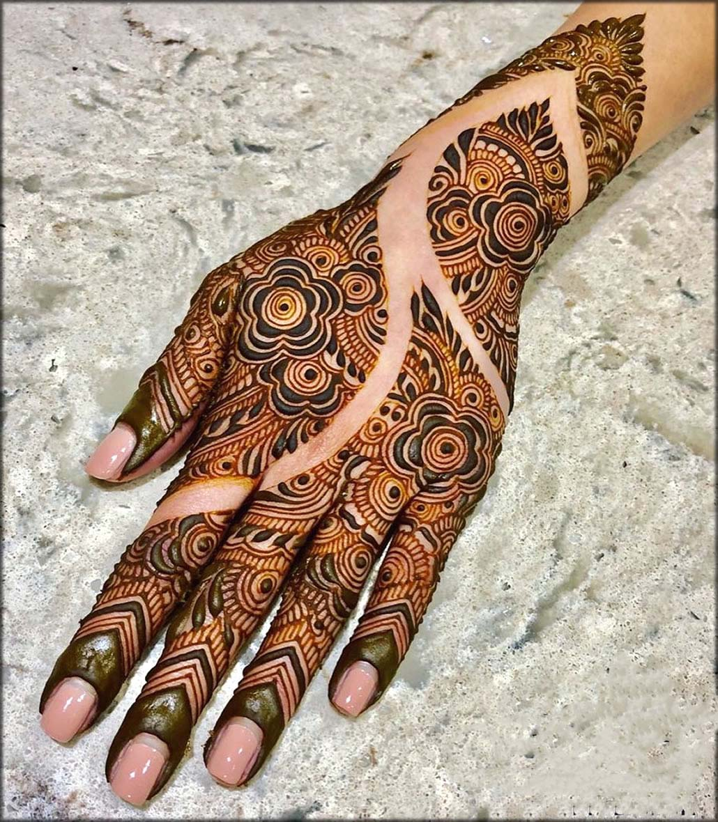Arabic Mehndi Designs with Curves