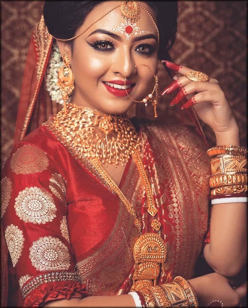 Bengali Bride With Bangladeshi Mehndi Designs And Tattoo's