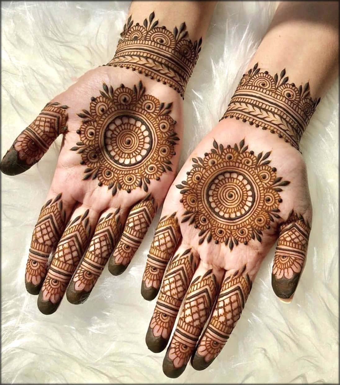 Brown Color Pakistani Mehndi Design