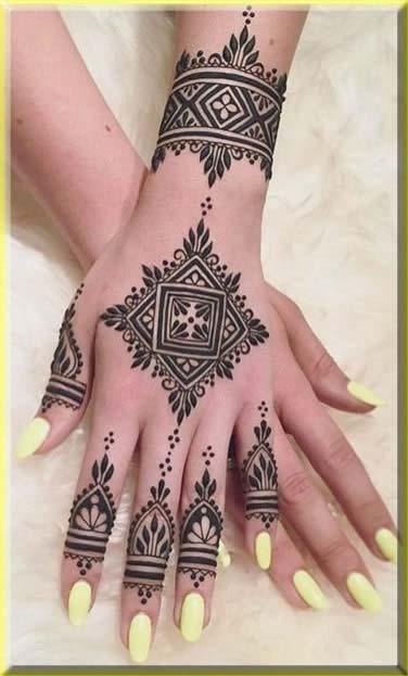 Dazzling diamond tikki mehndi design for girls