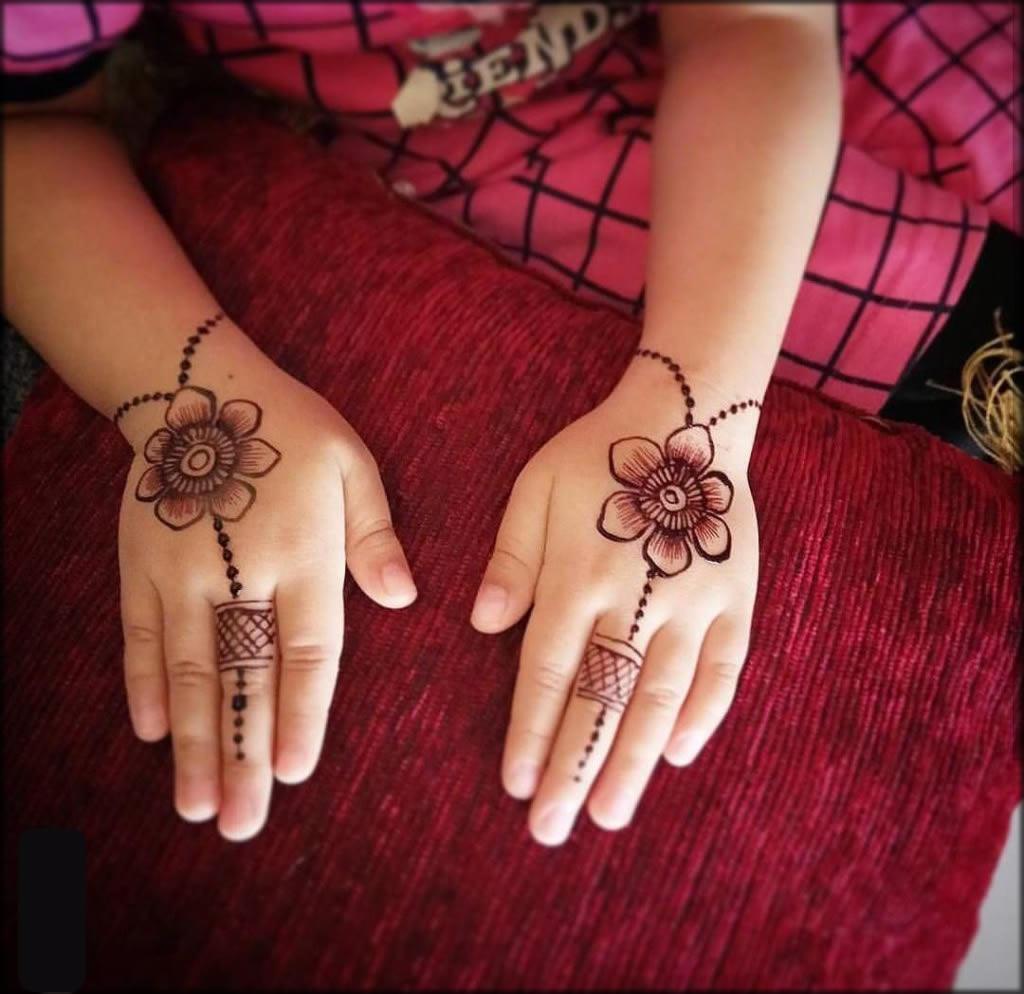Kids Turkish Mehndi Designs