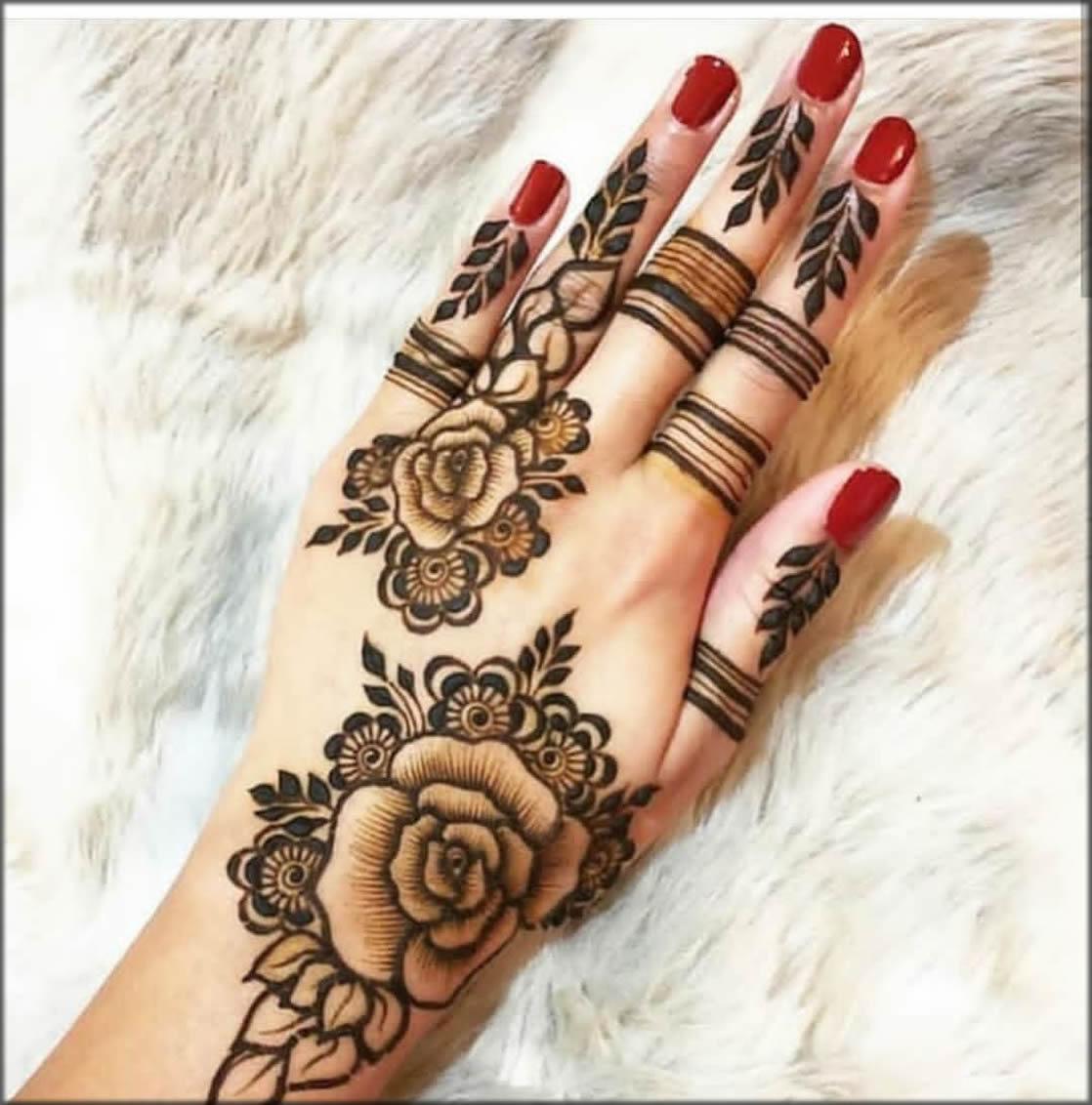 Lotus Motif Mehndi Art