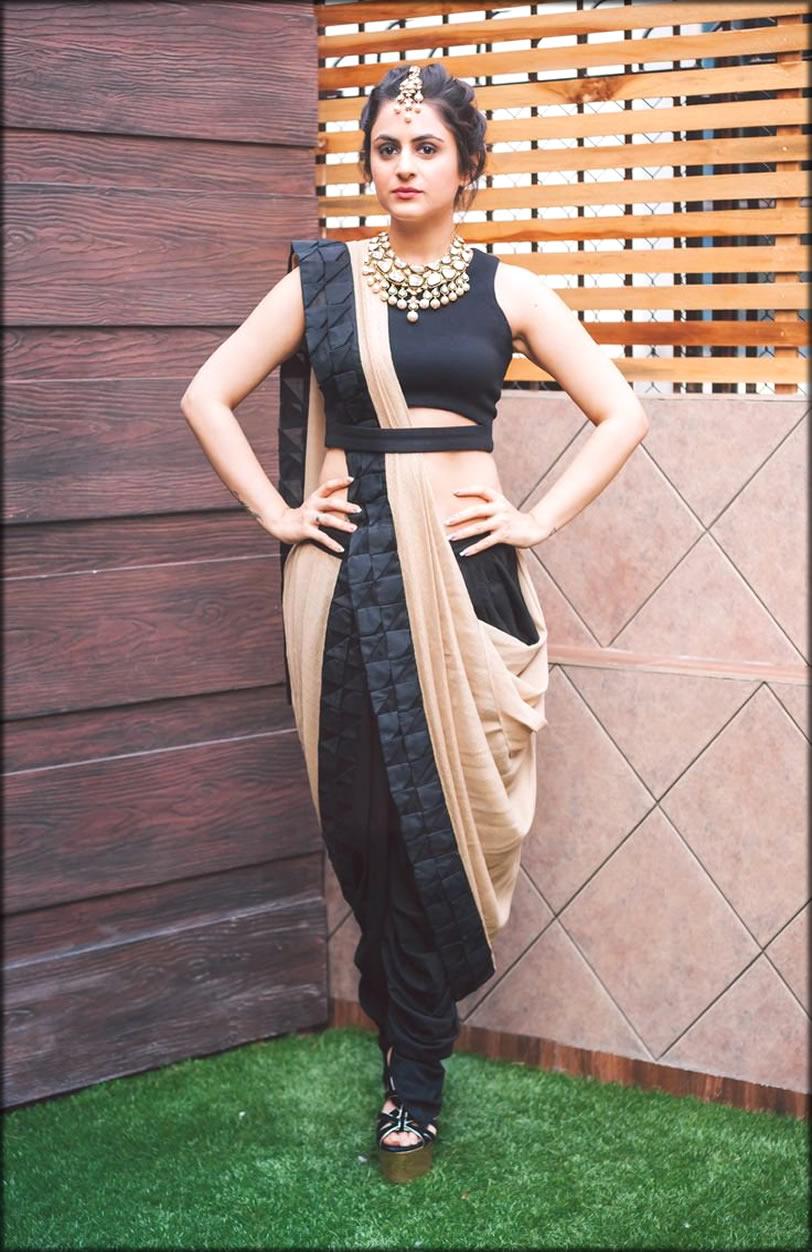 Black Saree Design for Indian Women