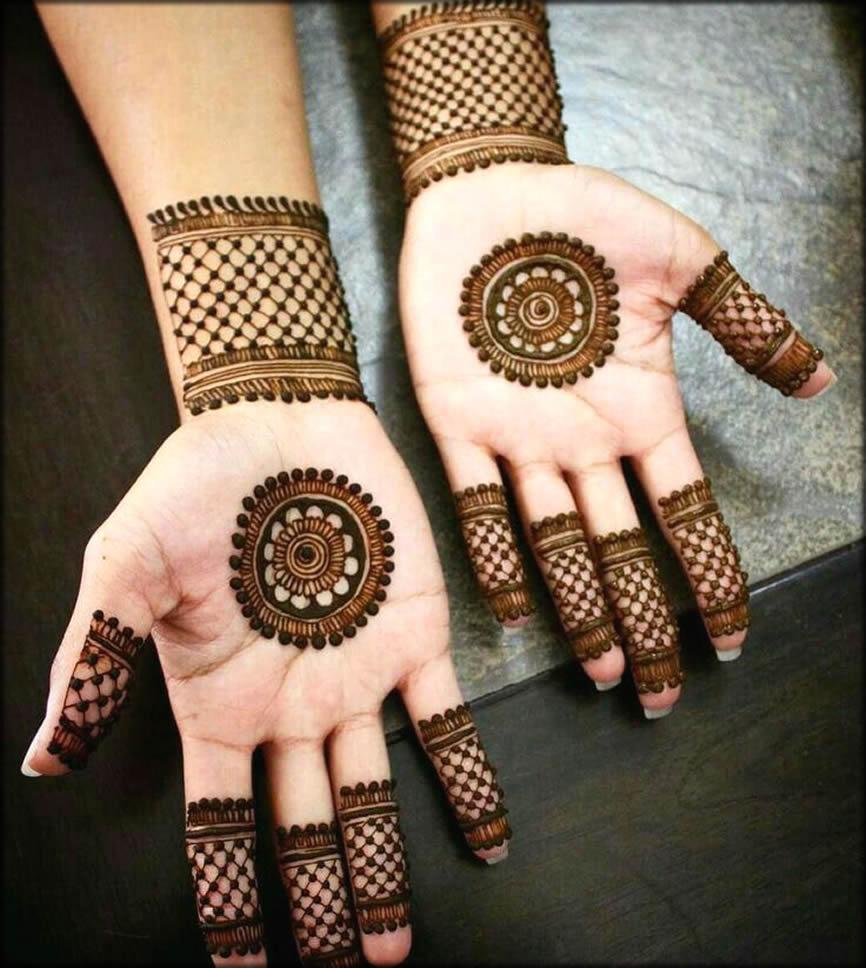 Round Bangladeshi Mehndi Designs