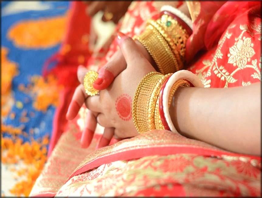 Traditional Alta Bangladeshi Mehndi Designs For Hands