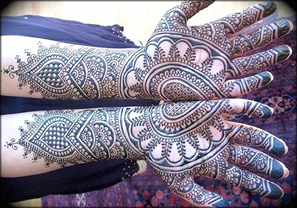 Twins Bangladeshi Mehndi Designs