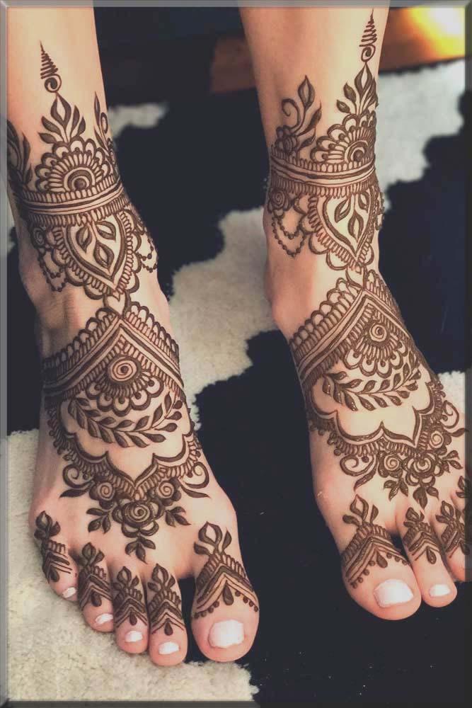 alluring bridal mehndi design for bride