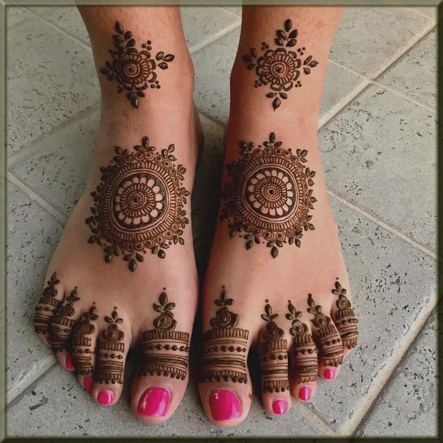latest bridal mehndi designs for feet
