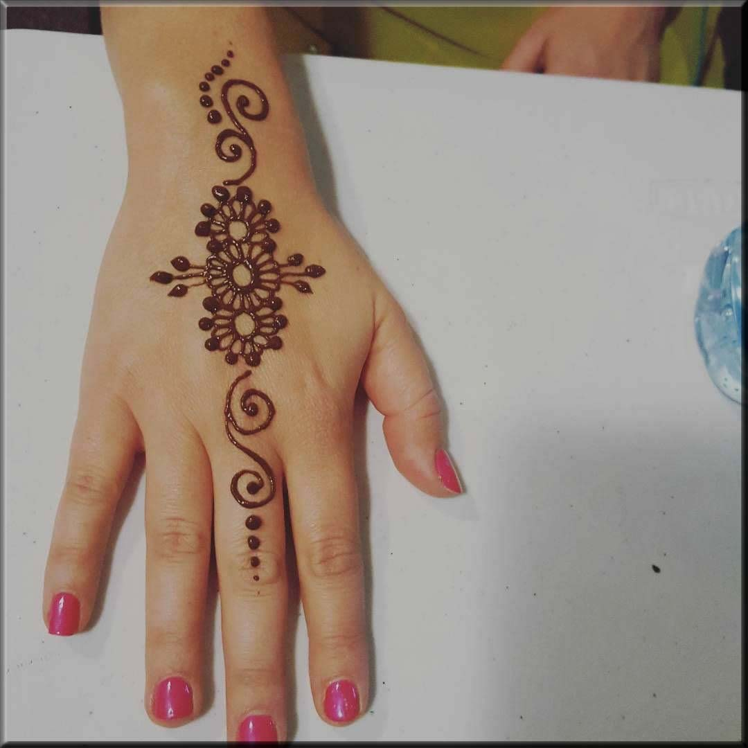 floral classy mehndi designs for teenagers