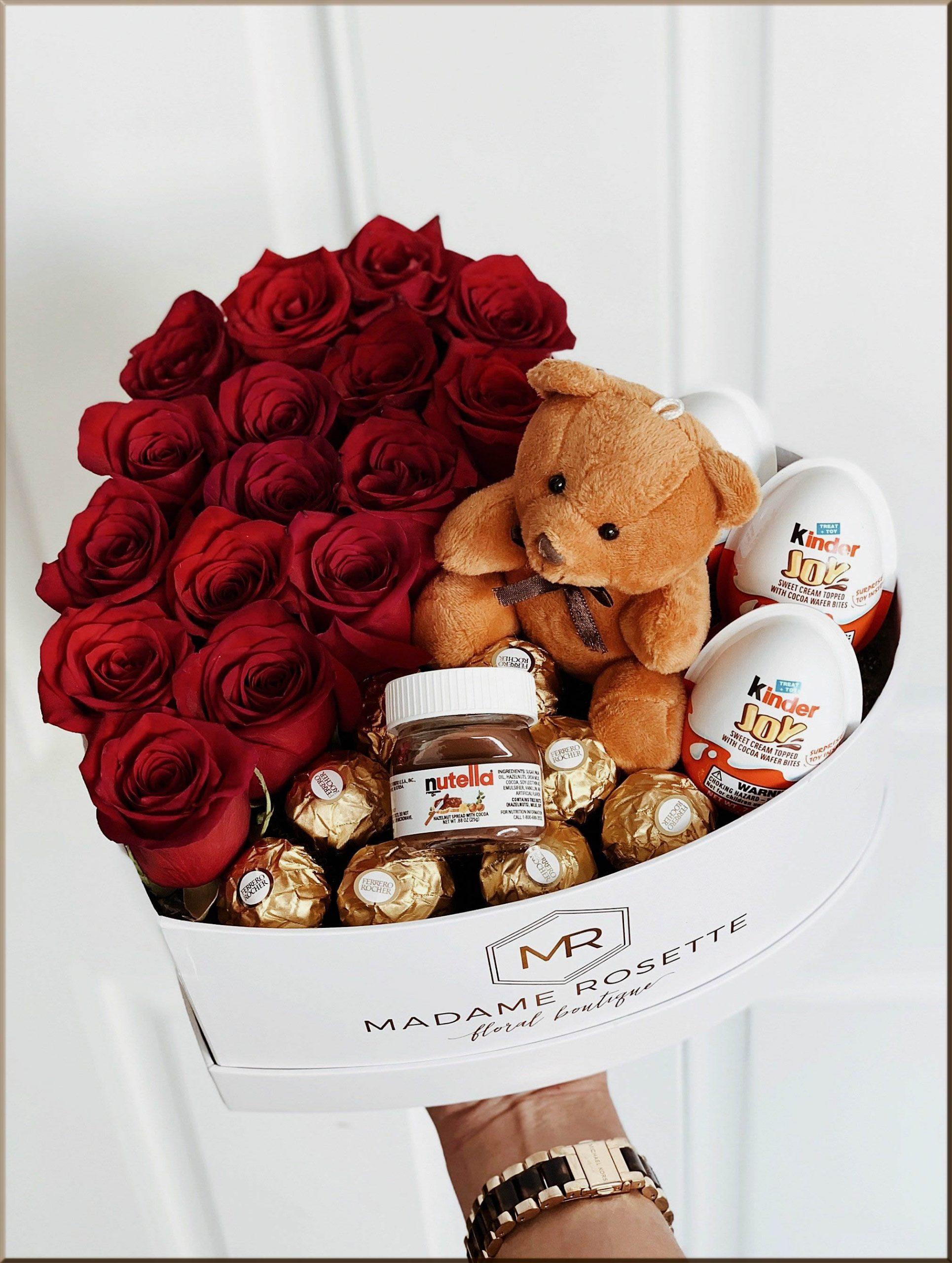 chocolate bouquet with the flowers and teddy