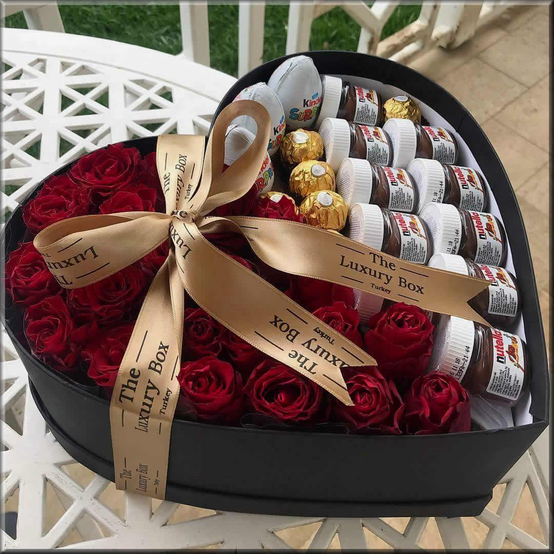 chocolate bouquet with the flowers