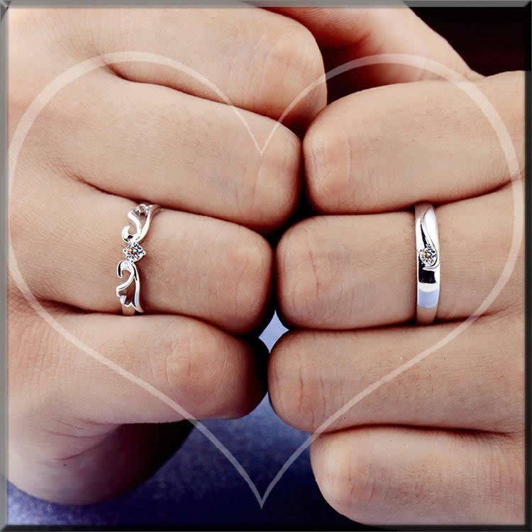 cool couple ring a unique Valentines day ideas