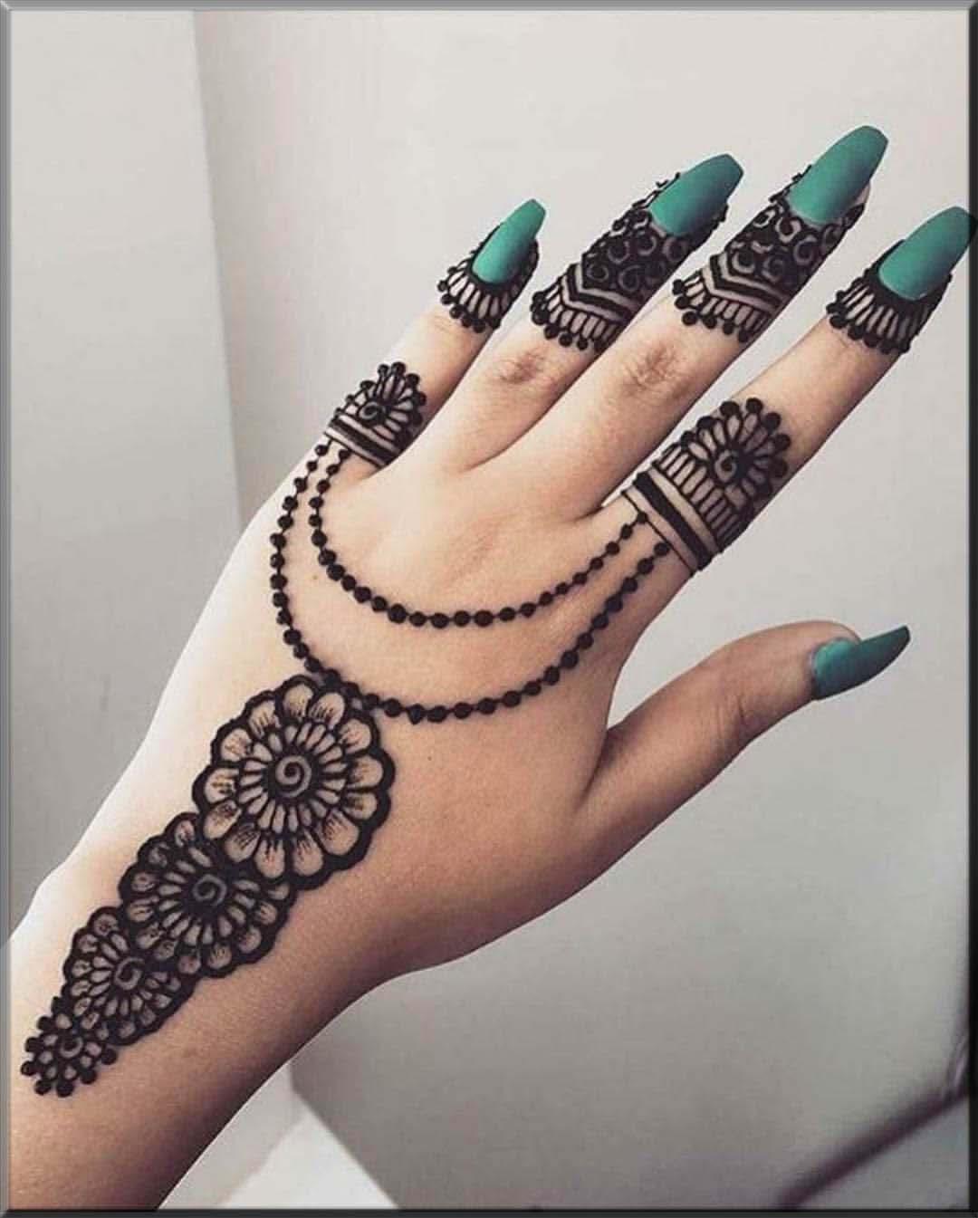 elegent mehndi designs for girls