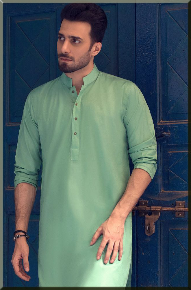 emmad arfani in green outfits