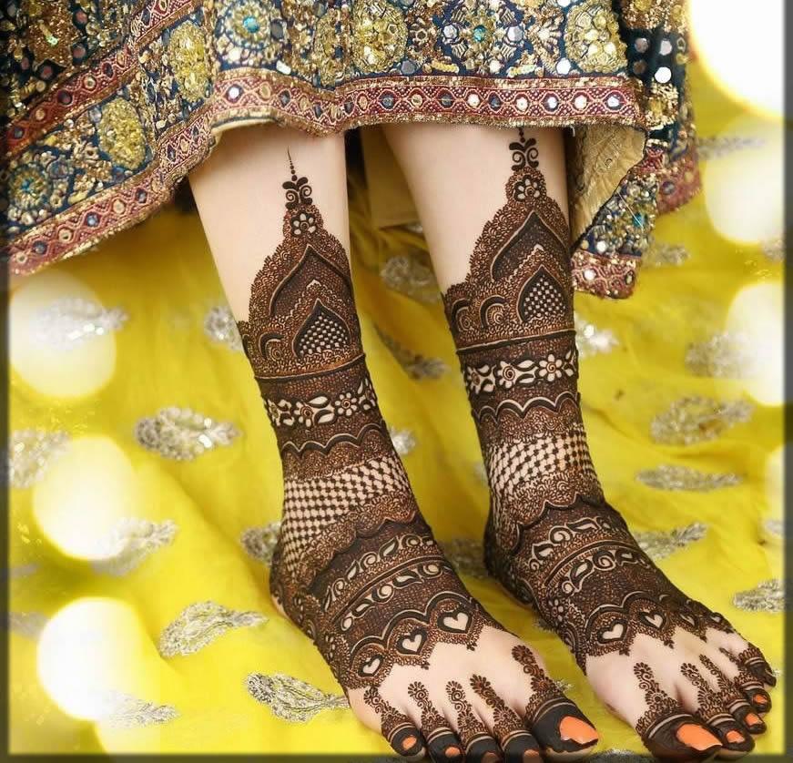 extraordinary bride mehndi design for feet
