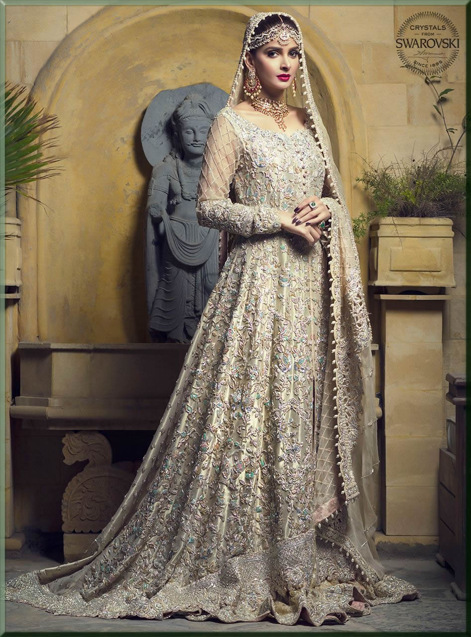 light gold maxi for walima bride