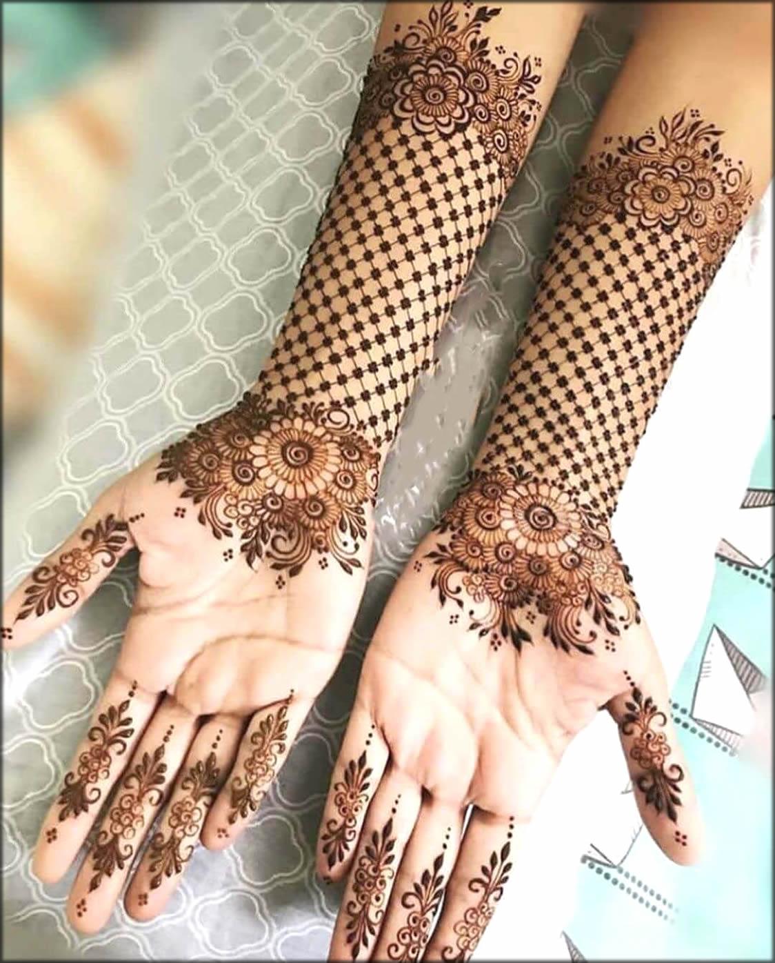 Minimal Indian Mehndi Design