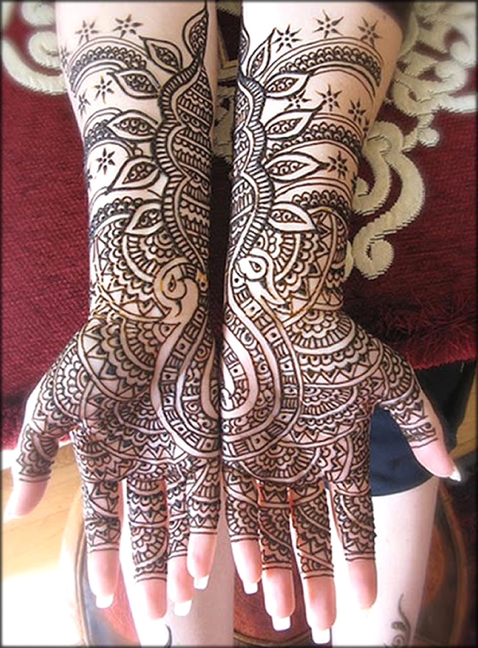 Stylish Mehndi Designs for full hands