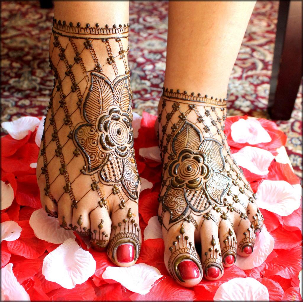turkish mehndi for feet