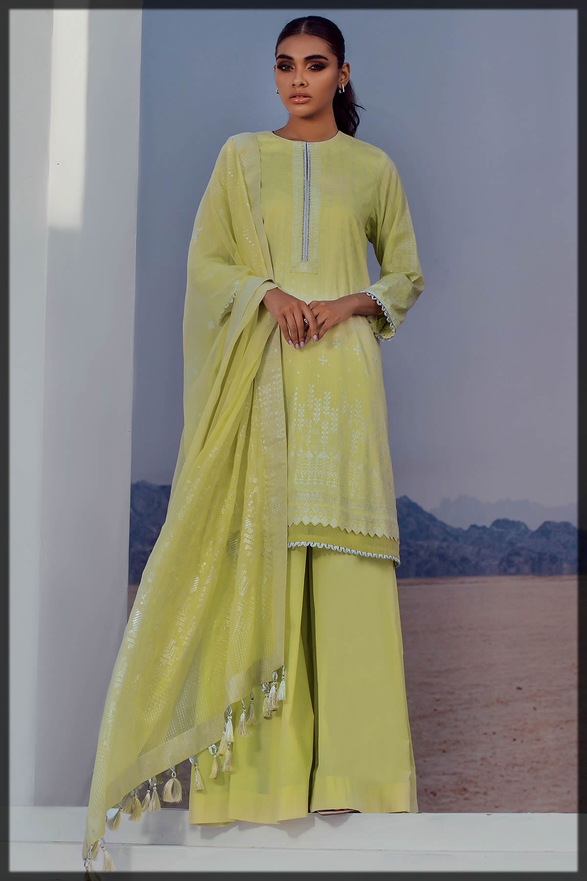 3 Piece Printed Suit With Printed Foil Dupatta for teens