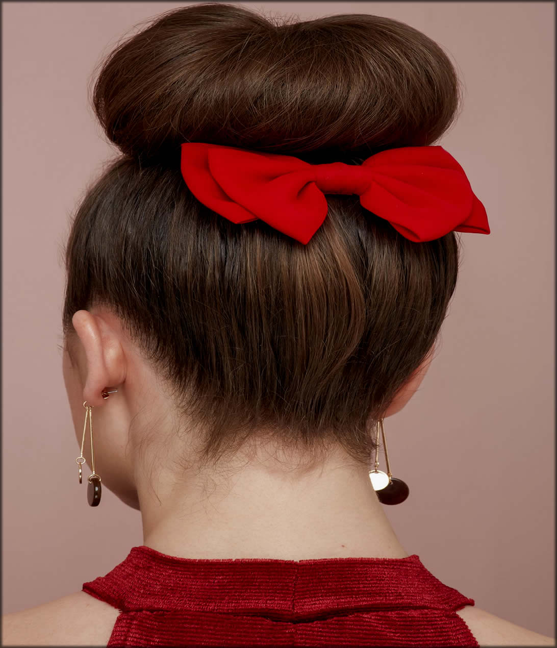 Hairstyles With Bun Bows