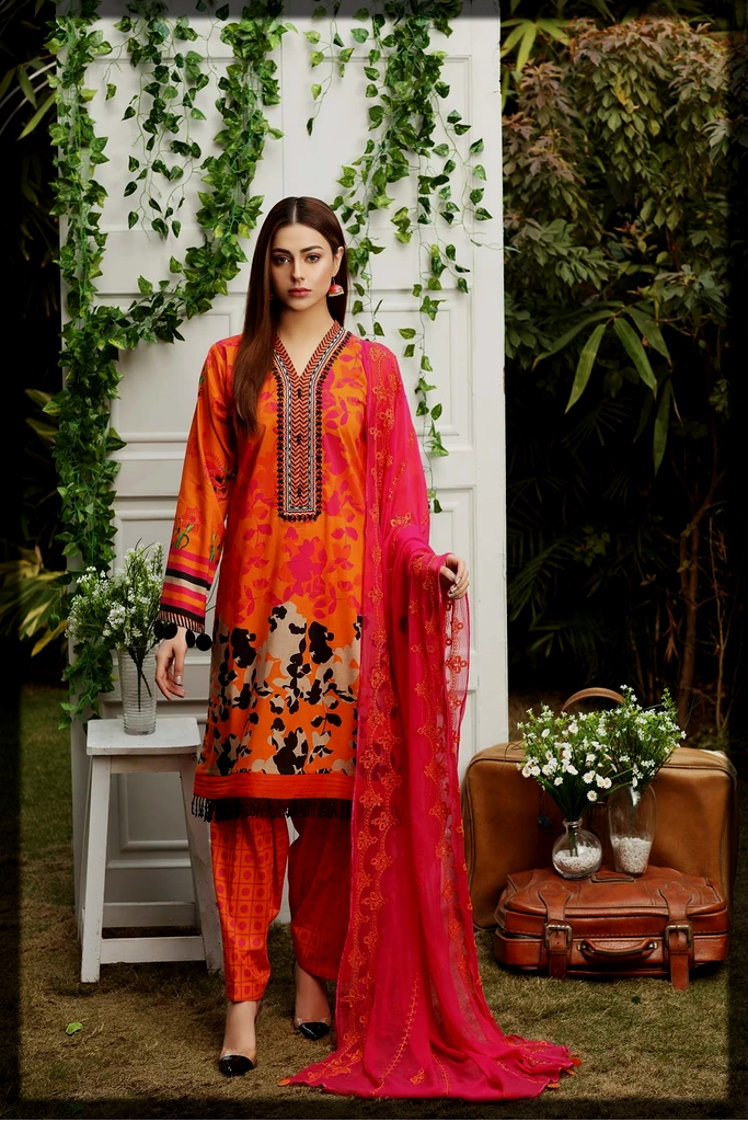 Printed lawn suit with embroidered chiffon dupatta