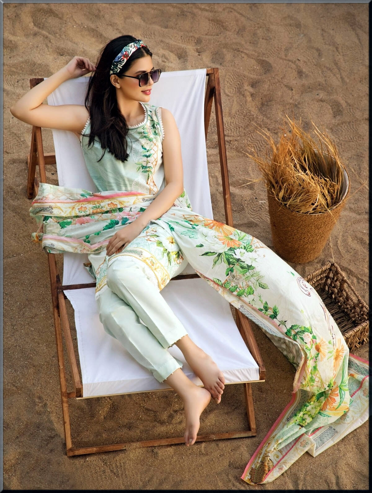 Vintage Tropical collections