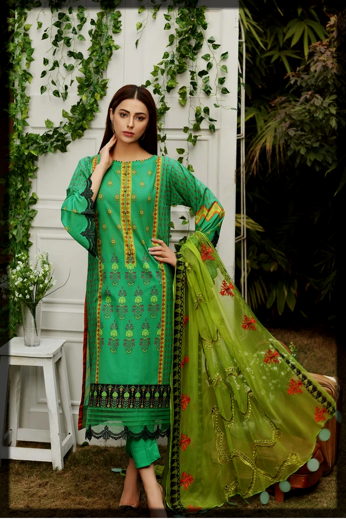 classy Printed lawn suit with embroidered chiffon dupatta