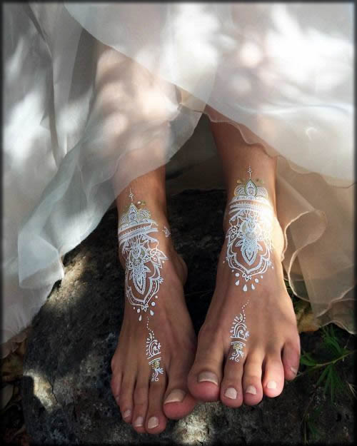 elegent foot mehndi art