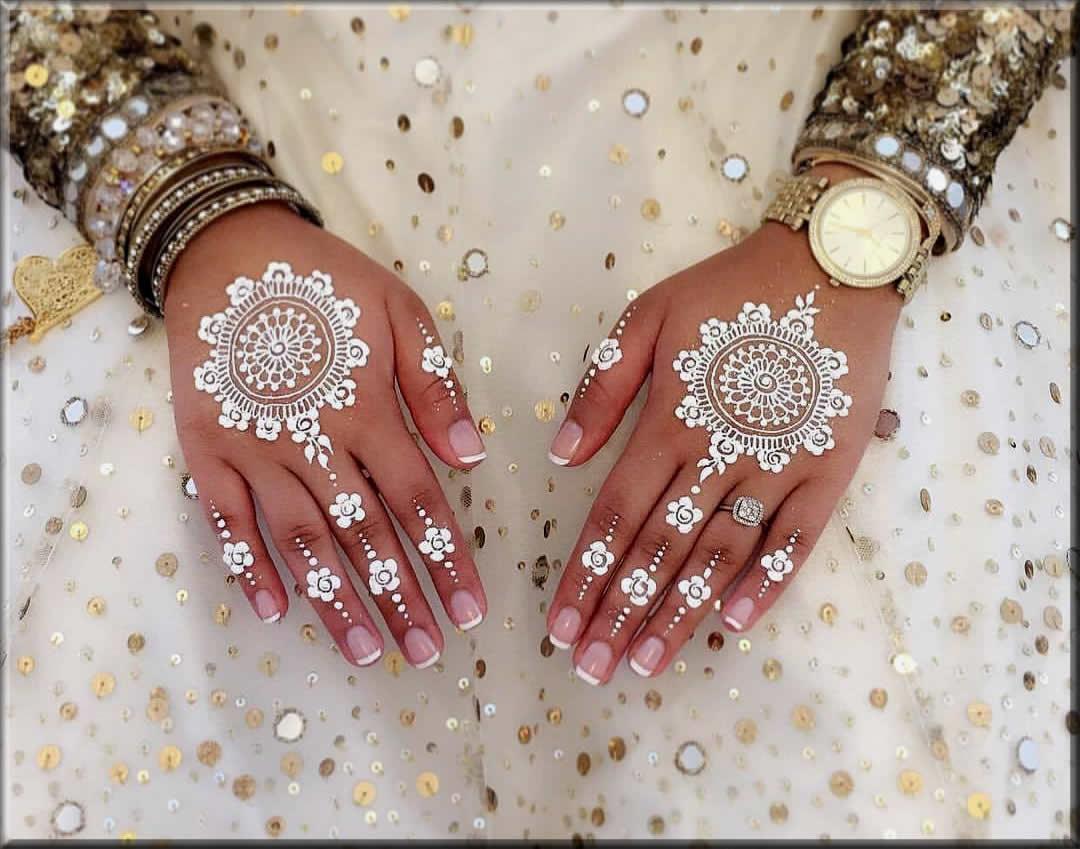 elegent white tikki mehndi designs
