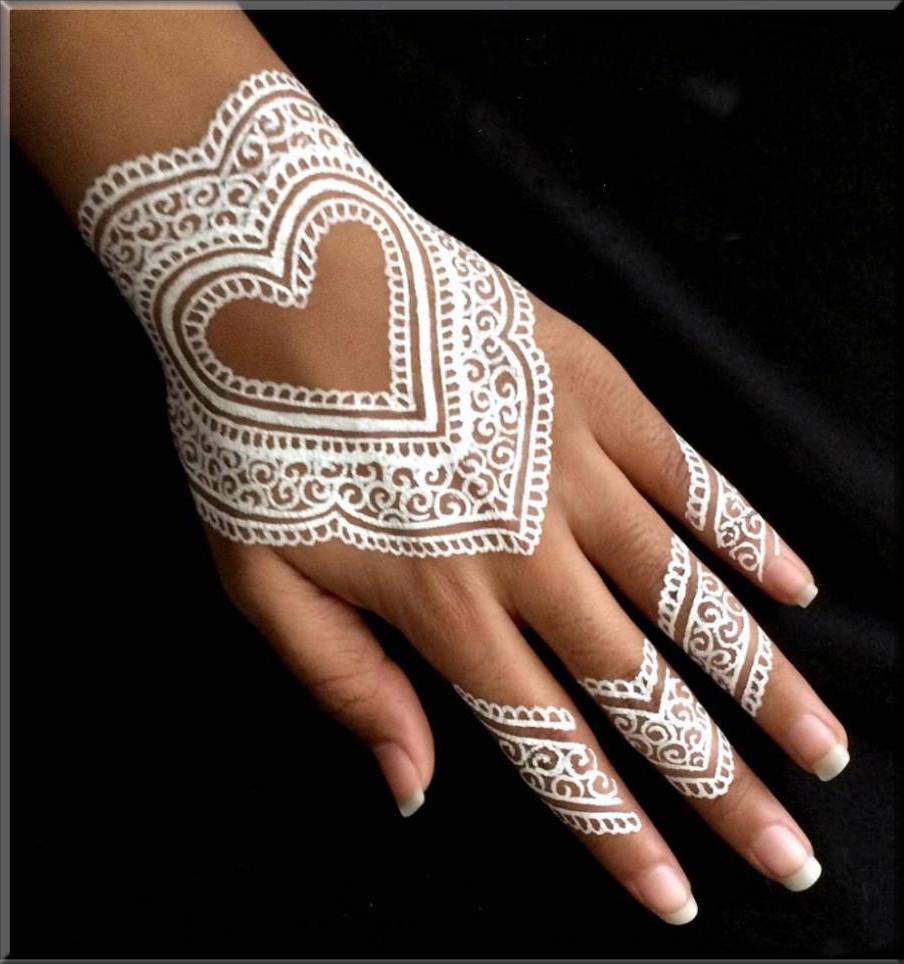 heart white mehndi designs