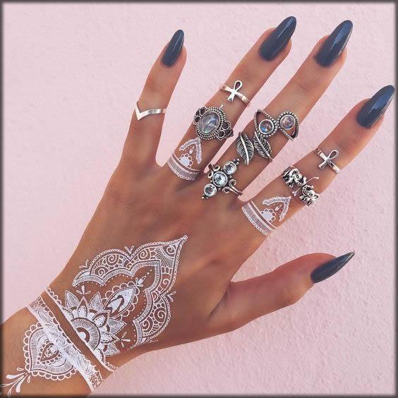 pretty white mehndi designs