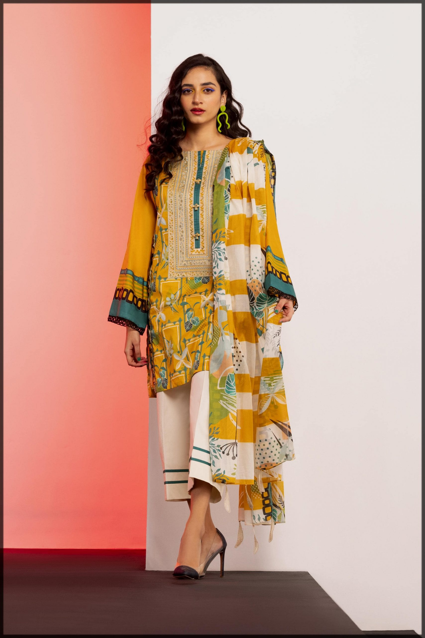 summer 2pc printed lawn suit
