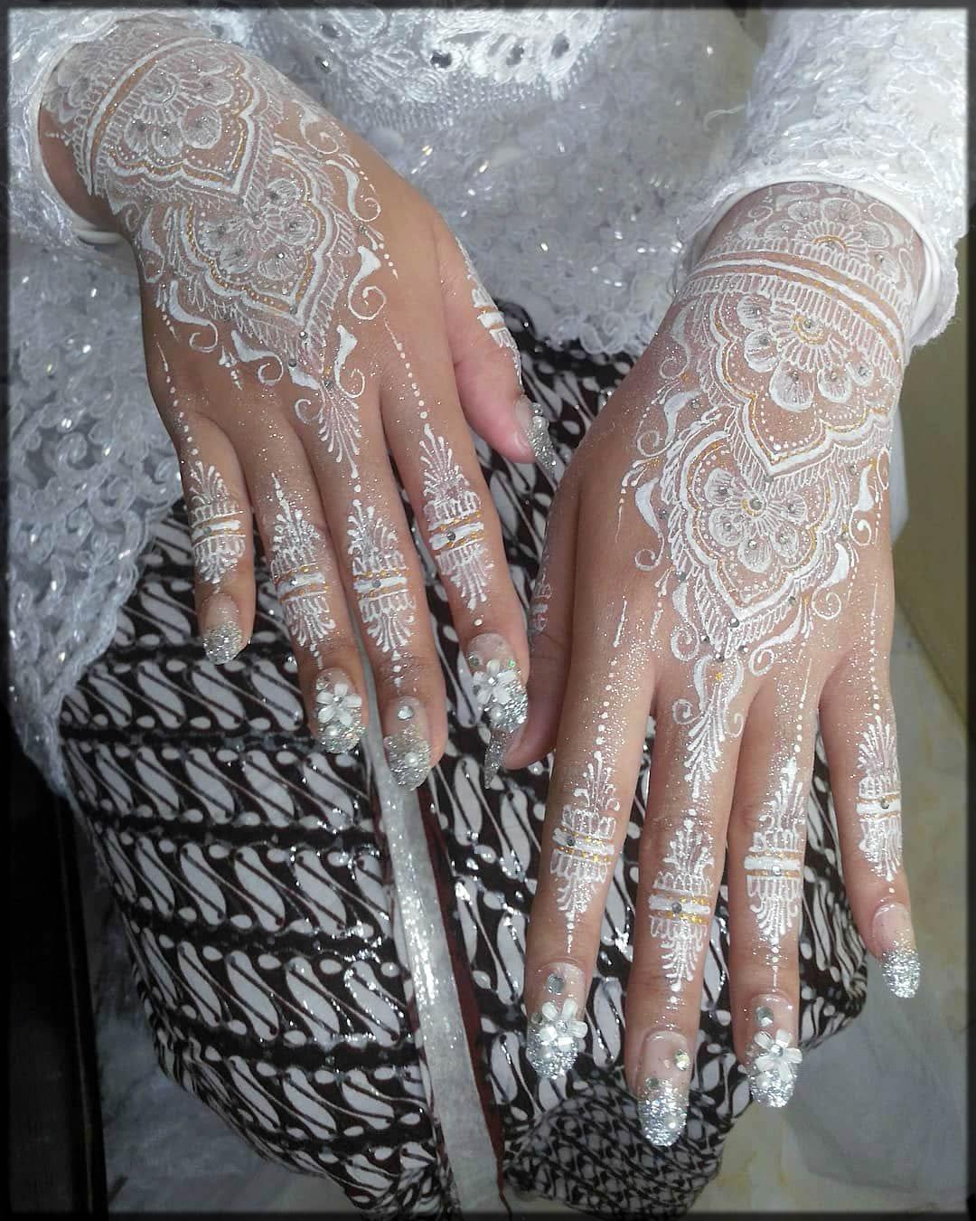 white bride henna art