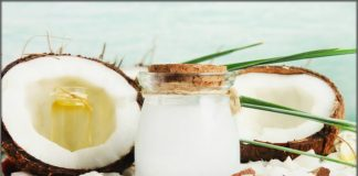 How To Use Coconut Milk For Hair Growth [Amazing Benefits & Hair Masks]
