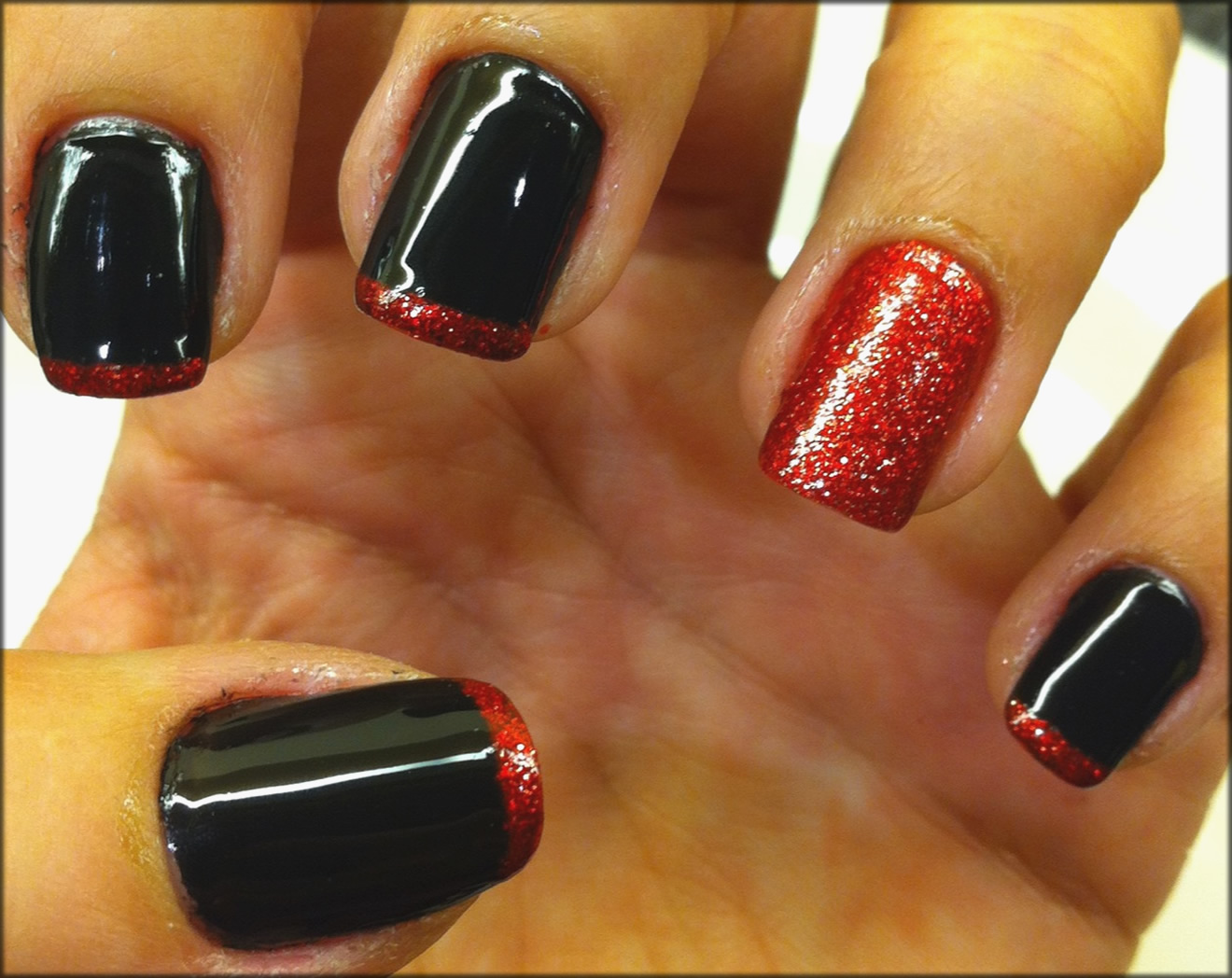 Red and Black Nails Art
