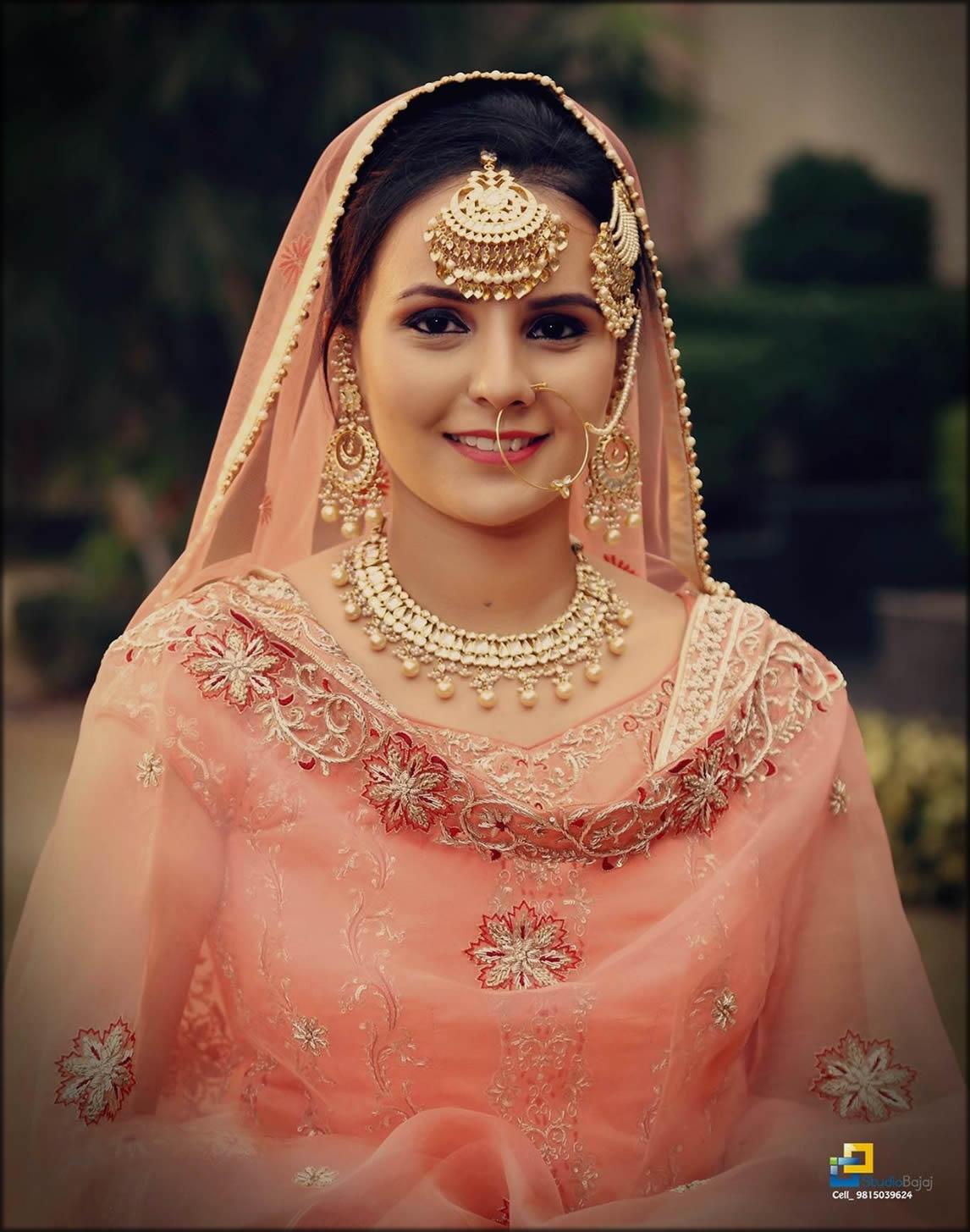 Traditional Bridal Dupatta Setting Styles Adjustment