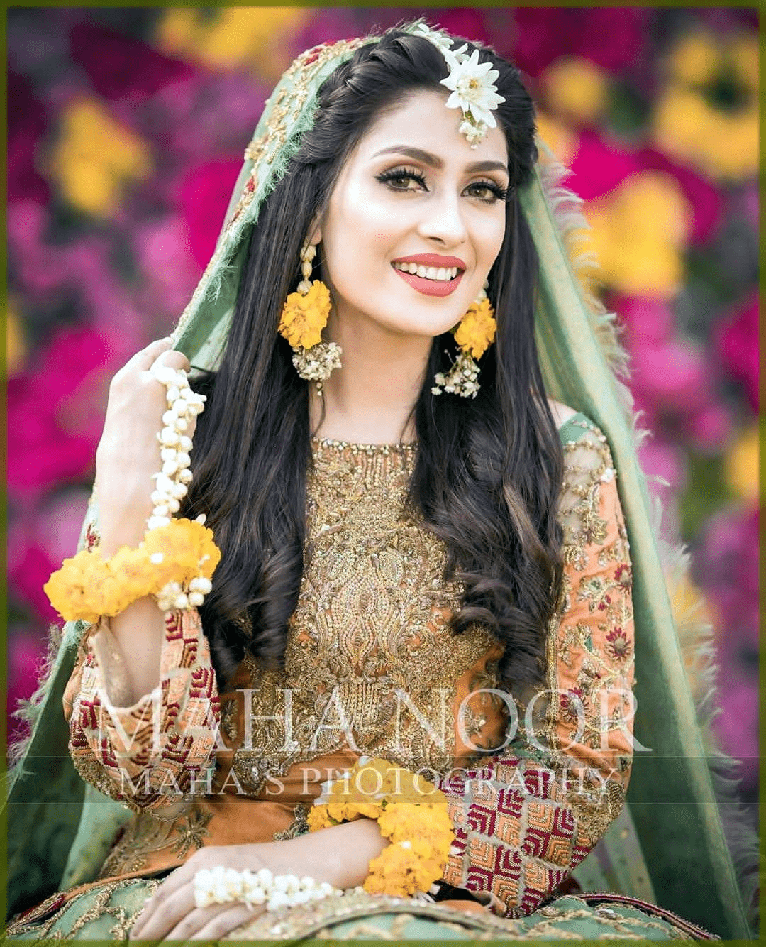 alluring mehndi hairstyles for bride