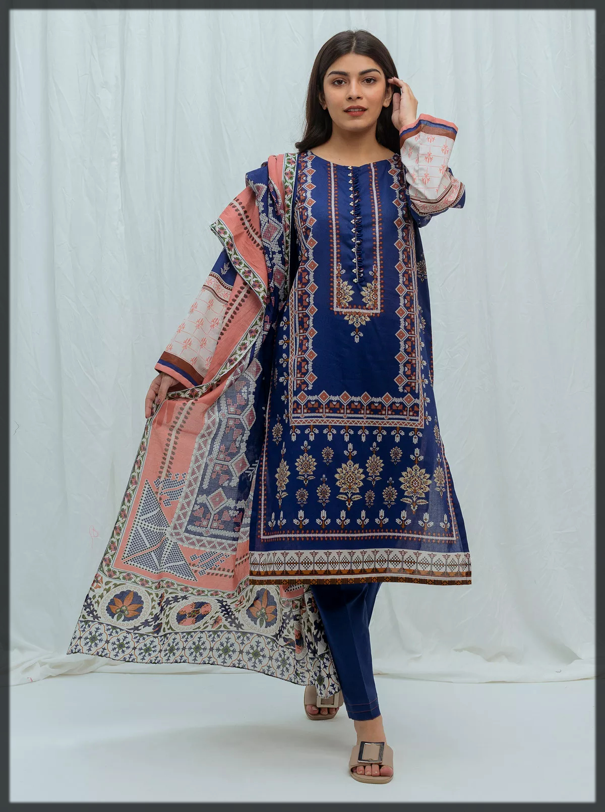 dazzling blue summer lawn suit with chiffon dupatta