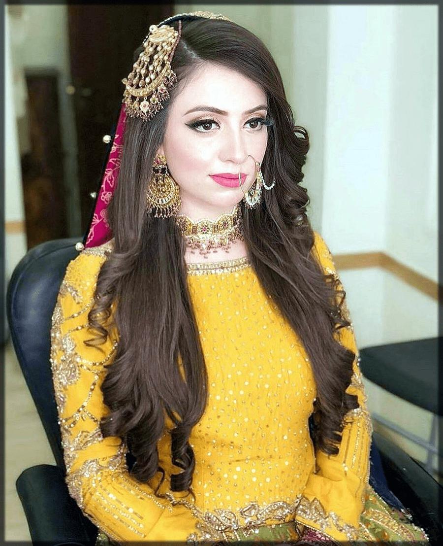 stunning mehndi hairstyles for bride