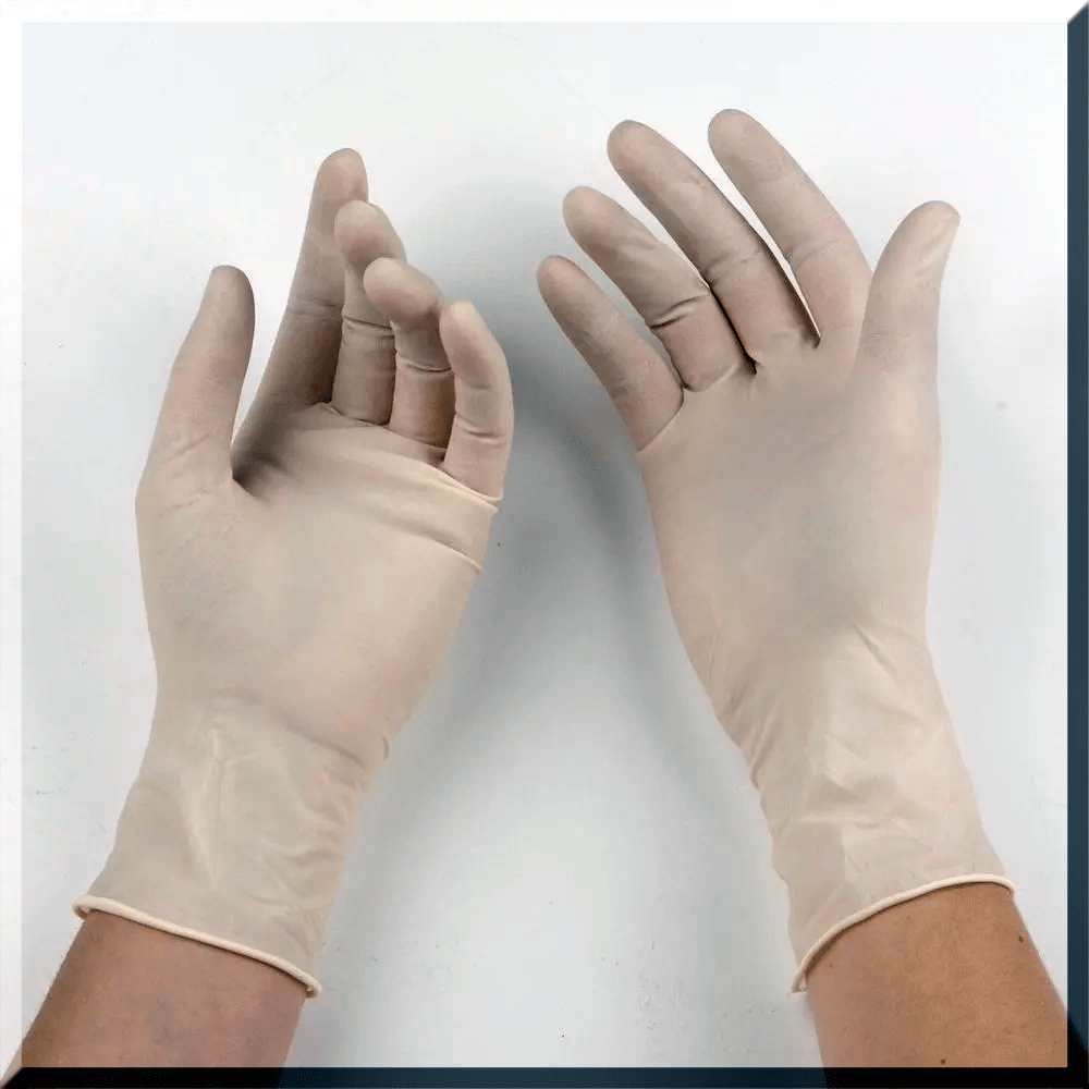 used plastic gloves for dye your hairs